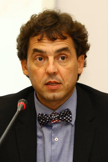 Conf. Dr. Dinu Gabriel